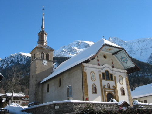 Les-Contamines-Monjoie_-_église_de_la_Sainte-Trinité.jpg